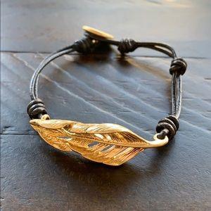 Chloe + Isabel Sculpted Feather Leather Bracelet